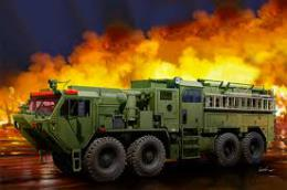 TRUMPETER 1/35 HEMMT M1142 Tactical Fire Fighting Truck (TFFT)