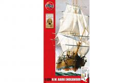 AIRFIX 1/120 Endeavour Bark and Captain Cook 250th Anniversary Gift Set