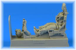 AEROBONUS 1/32 USAF Pilot for F-100 with ejection seat for TRU
