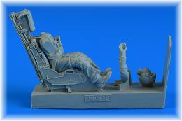 AEROBONUS 1/32 US NAVY/US MARINES Pilot w/ ej.seat for AV-8B
