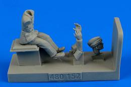 1/48 RAF Driver WWII for Albion Fueller (AIRFIX)