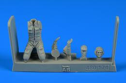 1/48 Soviet Aircraft Mechanic - Warsaw pact No.3