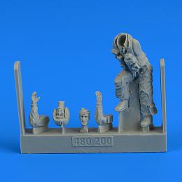 1/48 USAF Fighter Pilot on the ladder