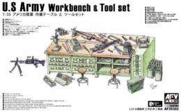 1/35 U.S. Army Workbench & Tool set