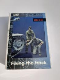 1/35 Fixing the Track
