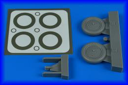 AIRES 1/48 I-153 wheels & paint masks for ICM/HAS