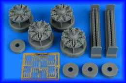 AIRES 1/48 B-17G flying fortress engine set for HKM