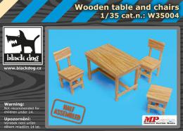 BLACKDOG 1/35 Wooden table and chairs
