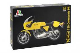 ITALERI 1/9 Norton Commando 750cc