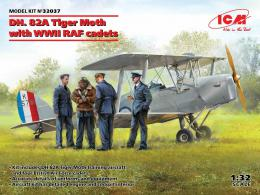 ICM 1/32 DH. 82A Tiger Moth with WWII RAF cadets