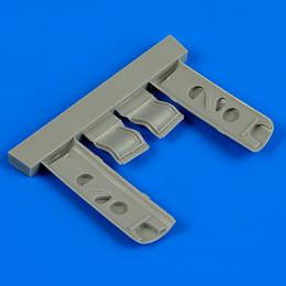 QUICKBOOST 1/32 P-40E Warhawk undercarriage covers for HAS