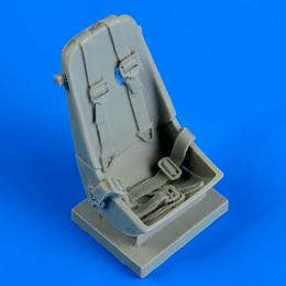 QUICKBOOST 1/32 Me 163B seat with safety belts for MENG