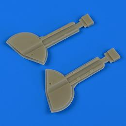 QUICKBOOST 1/32 Spitfire Mk.Ixc undercarriage covers for REV