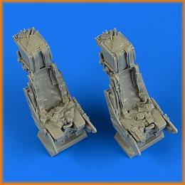 QUICKBOOST 1/32 Panavia Tornado ejection seats w/ safety belts