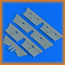 QUICKBOOST 1/48 A-7 Corsair II undercarriage covers for TAM