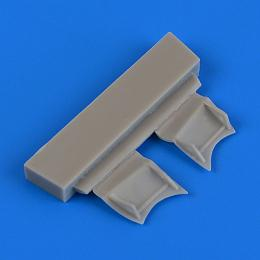 QUICKBOOST 1/72 F4F-4 Wildcat undercarriage covers for AIRFIX