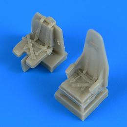 QUICKBOOST 1/72 Mosquito seats with safety belts for TAM