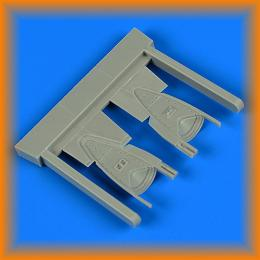 QUICKBOOST 1/48 Su-17/22 M3/M4 Fitter-K parachute container for KTH
