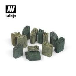 VALLEJO SC207 Diorama Accessories German Jerrycan set 1/35