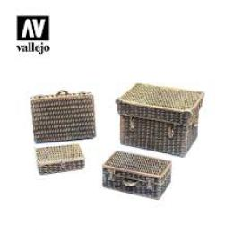 VALLEJO SC227 Diorama Accessories Wicker Suitcases 1/35