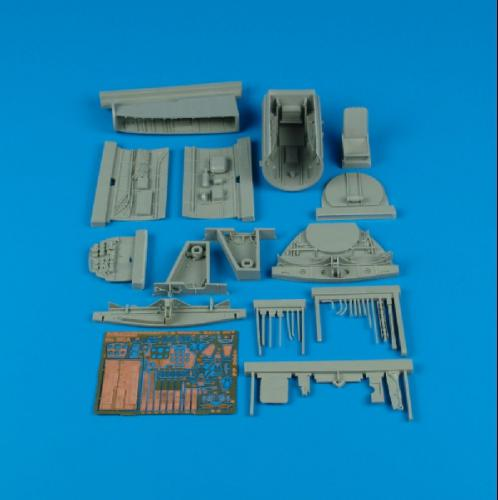 AIRES 1/32 Me 262A Schwalbe cockpit & wheel bay (for Trumpeter)