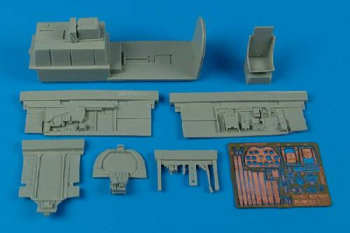 AIRES 1/32 P-51B/C Mustang cockpit set  (for Trumpeter)